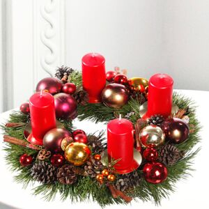 Classic Christmas Wreath with red candles